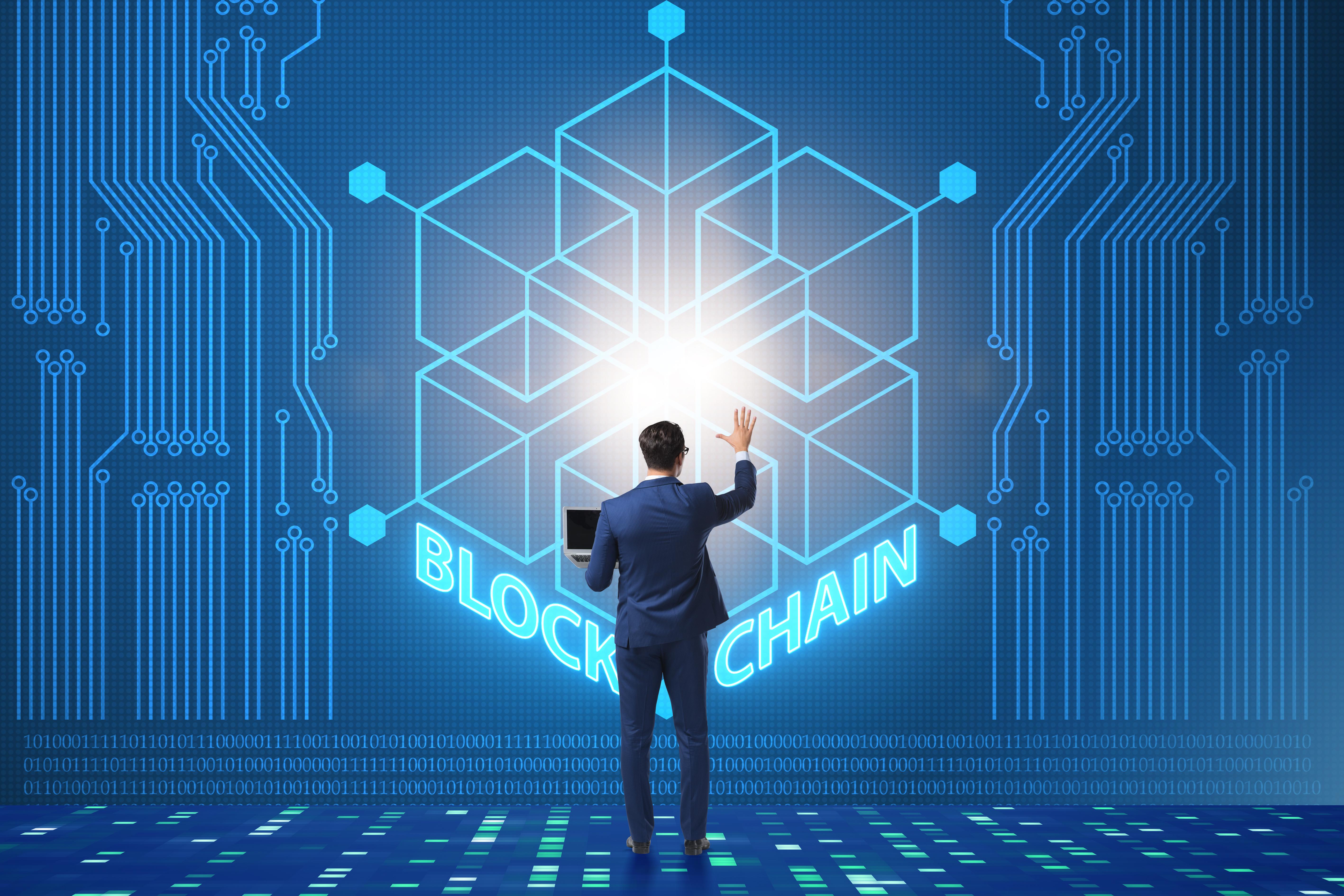 Blockchain Can Help Combat Counterfeit Drugs problem